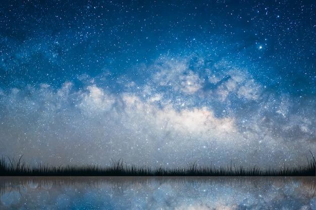 Melkweg en sterrenhemel achtergrond.