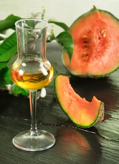 Meloen grappa met fruit