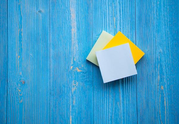 Memorandumnotities motiverende citaat op klevend papier