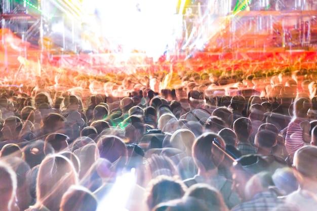 Menigte bij het concert of op straat Premium Foto