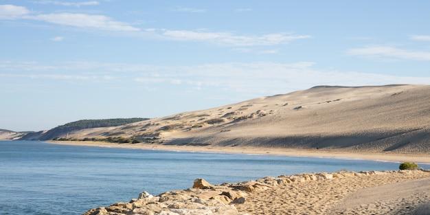 Mening van de arcachon-baai en het pilat-zandduin van pyla aquitaine frankrijk