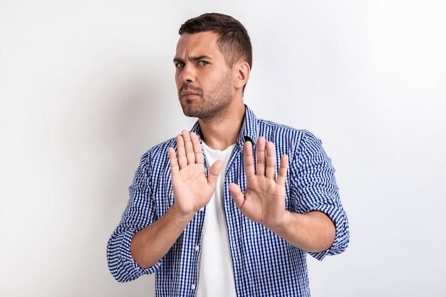 Mens die gebaar toont - stoor me niet.