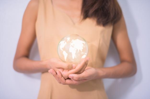 Menselijke concepten houden van de wereld houden van het milieu