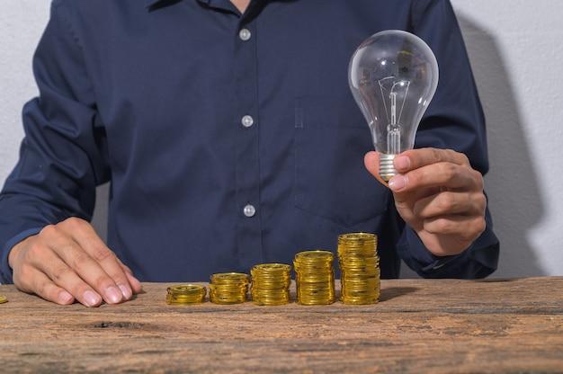 Mensen uit het bedrijfsleven komen met ideeën voor financiële groei