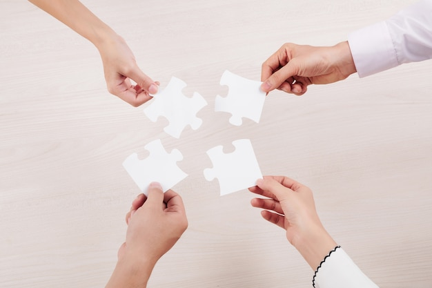 Mensen verbinden puzzels