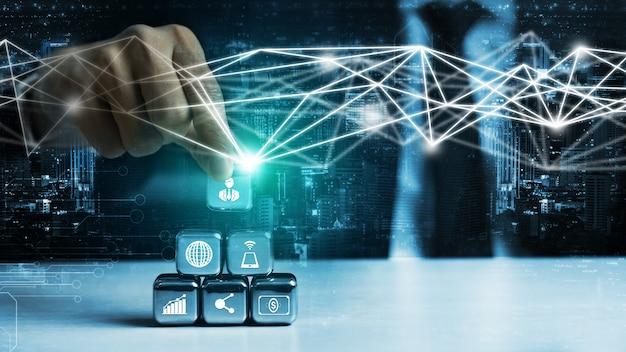 Mensennetwerk en wereldwijd creatief communicatieconcept.