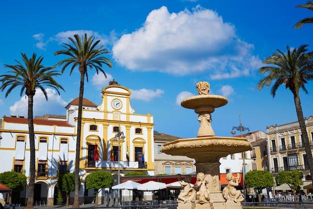 Merida in spanje plaza de espana plein badajoz