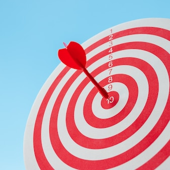 Met absolute precisie naar het doel haasten, dus beide vormen een uitdaging in zakelijke marketing.