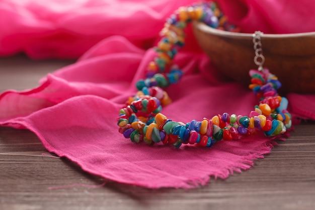 Met de hand gemaakte etnische juwelen van nepal