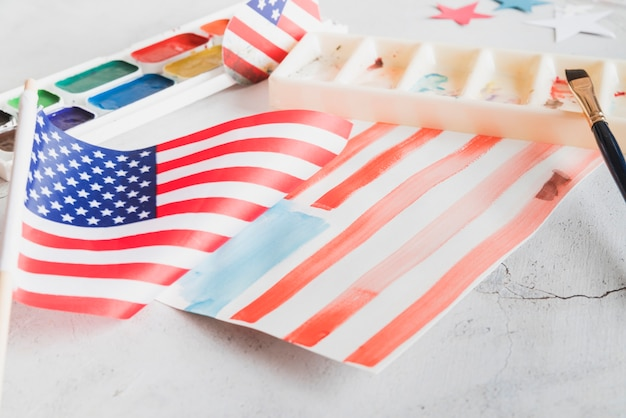 Met de hand geschilderde vs vlag met waterverfverven