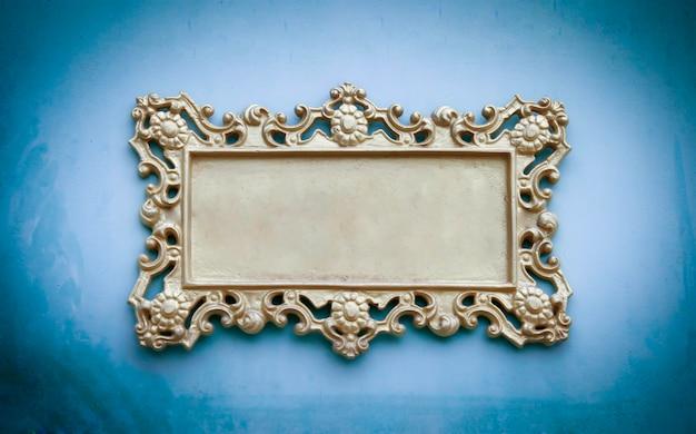 Metalen bord met frame voor uw tekst