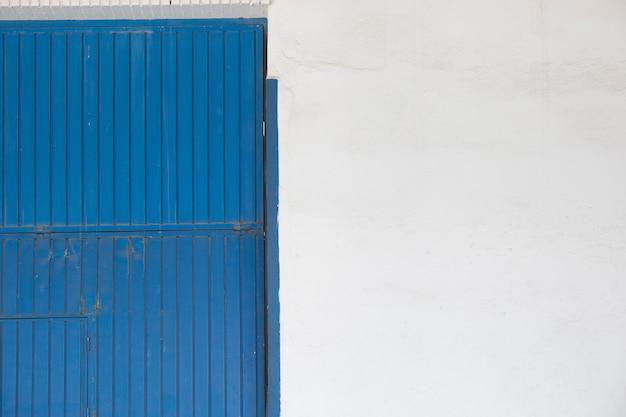 Metalen deur