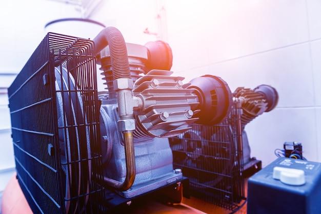 Metalen industriële airconditioning ventilatieopening. hvac.