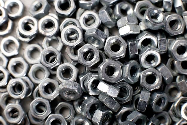 Metalen moeren oppervlak, bevestigingselementen,