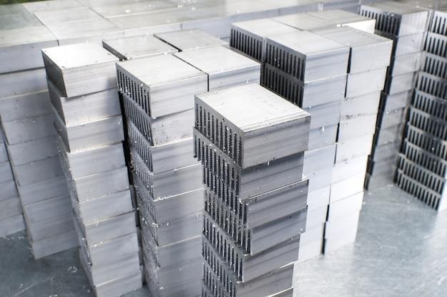 Metalen onderdelen gesneden
