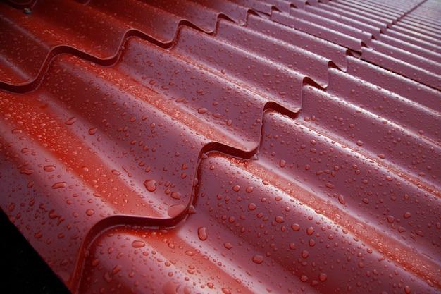 Metalen spaans pannendaksysteem gegolfde metalen plaat van gelakt staal