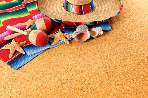 Mexicaanse items over het zand