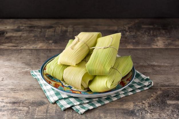 Mexicaanse tamales van maïs en kip
