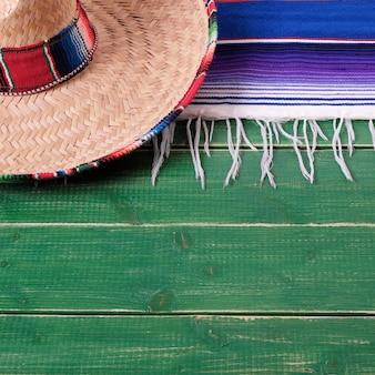 Mexico cinco de mayo hout mexicaanse sombrero