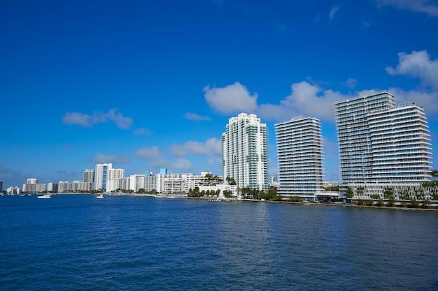 Miami beach van macarthur causeway florida