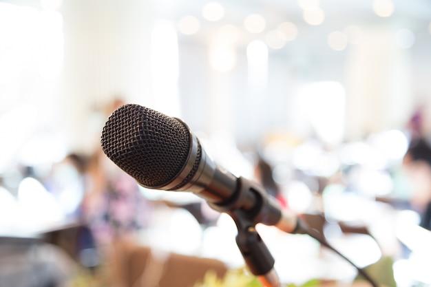 Microfoon op een conferentie