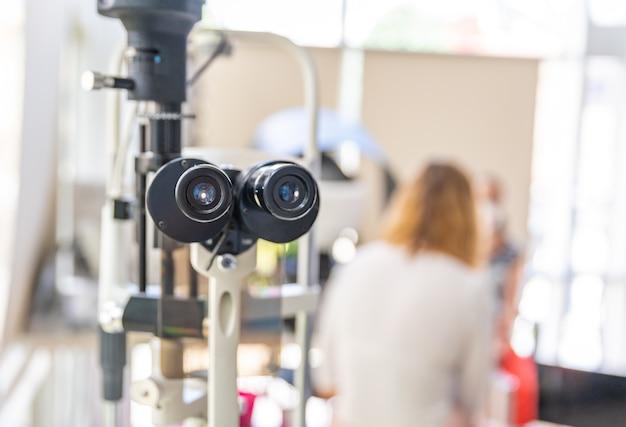 Microscoop voor oogonderzoeken