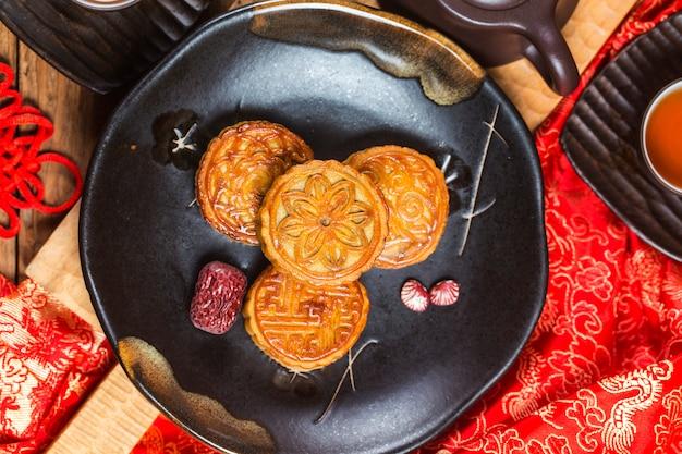 Mid autumn festival chinese traditionele gebakjes mooncake