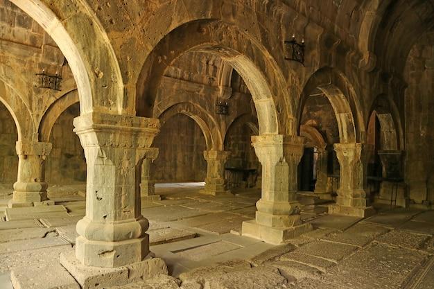 Middeleeuws sanahin-klooster, gesticht in de 10e-eeuwse provincie lori, de noordelijke regio van armenië