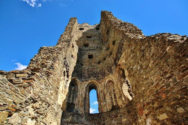 Middeleeuwse kasteelruïnes