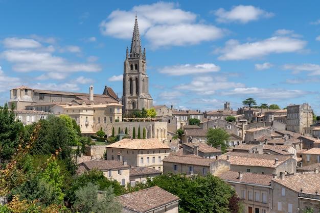 Middeleeuwse straten in frans dorp saint emilion bordeaux