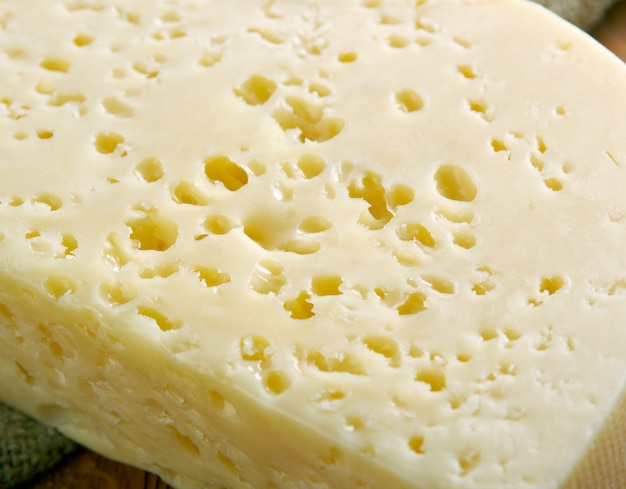 Mihalich peyniri schapenkaas uit turkije
