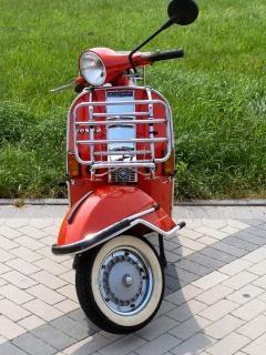 Mijn oude vespa scooter