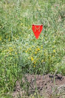 Mijnenveld gevaar teken in een oorlogsgebied