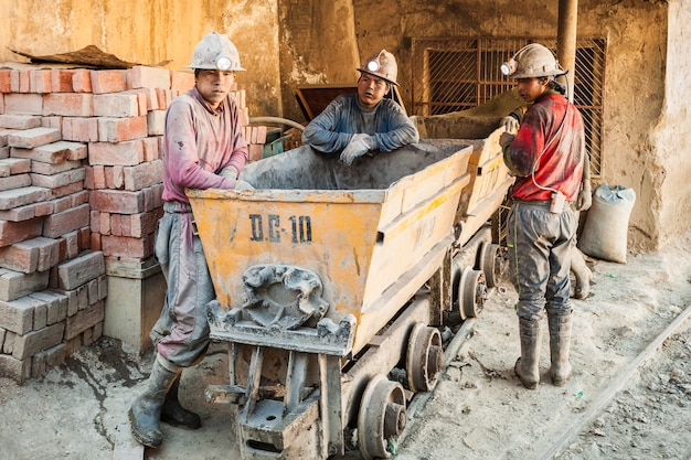 Mijnwerkers in potosi