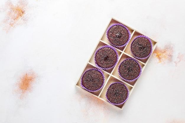 Mini chocolade sufle cupcakes