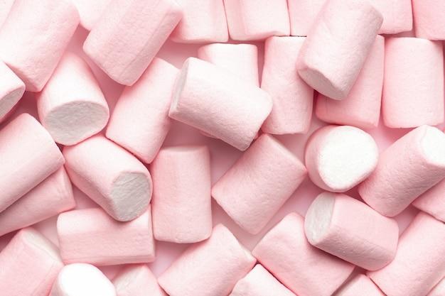 Mini roze en witte marshmallows
