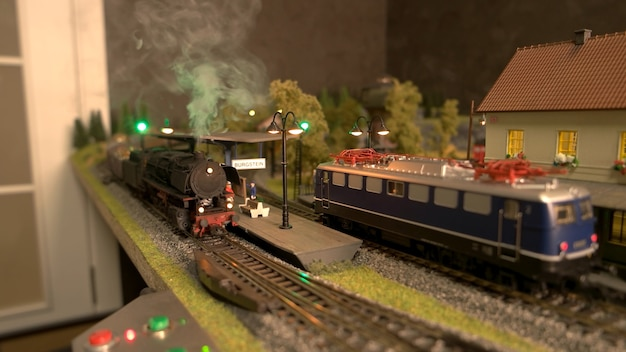 Miniatuur speelgoed treinstation.