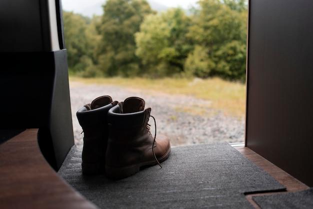 Minimaal camper binnenshuis detail
