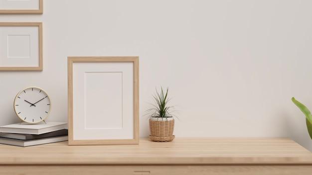 Minimaal interieur met kopieerruimte voor productweergave en framemodel op houten tafel 3d