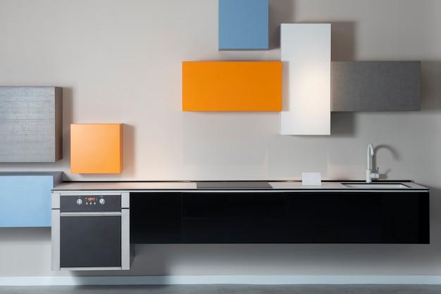 Minimalistische, levendige en moderne keuken in een dure flat