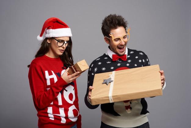 Misverstand door grootte van kerstcadeautjes