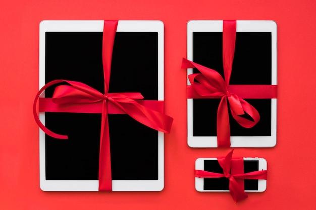 Mobiele telefoon en tablets met linten