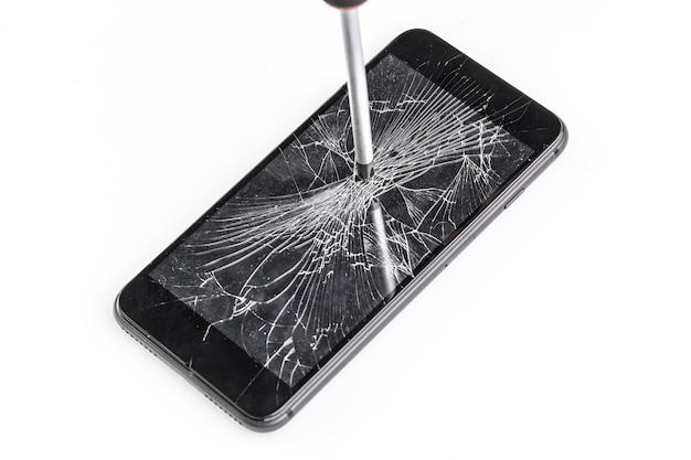 Mobiele telefoon met gebroken scherm