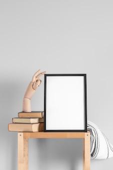 Mock up frames op tafel