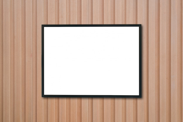 Mock up lege poster foto frame op houten muur.