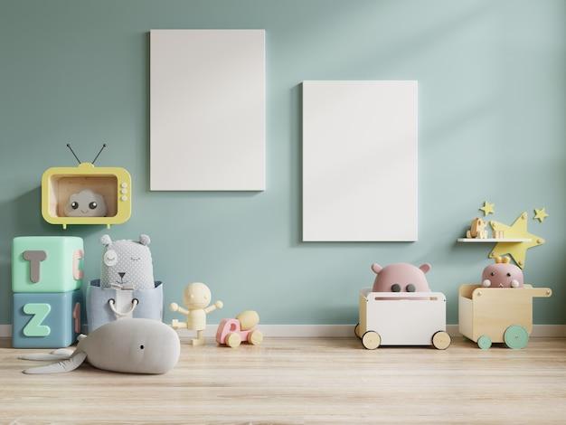 Mock up posterframe in de kinderkamer, kinderkamer, kinderkamer mockup, blauwe muur.