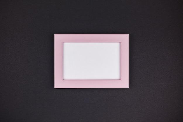 Mock up van een millennial pink frame