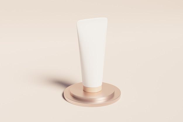 Mockup-buis voor cosmeticaproducten op glanzend podium op beige oppervlak