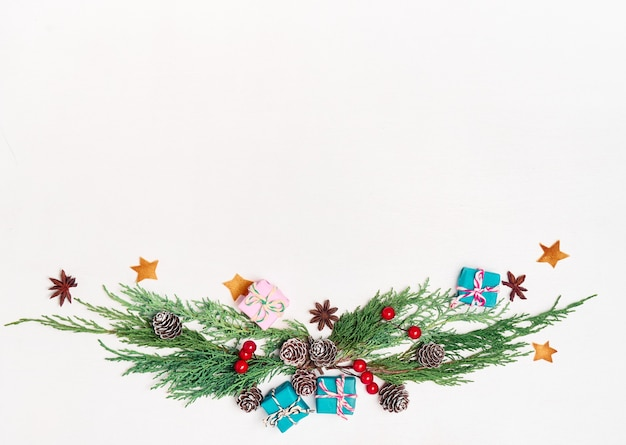 Mockup christmas wenskaart, flatlay met plaats voor uw tekst.