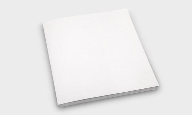Mockup van gesloten vierkant leeg boek bij witte geweven document achtergrond.